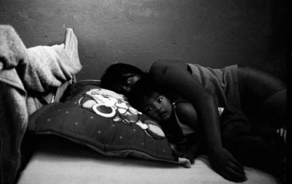 Foto di Valerio Bispuri _carcere femminile sudamericano_