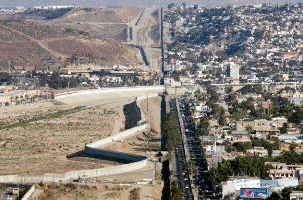 Il muro tra Messico e Stati Uniti